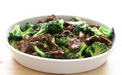 Chinese beef and broccoli stir