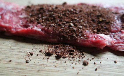 Large cacao beef rub