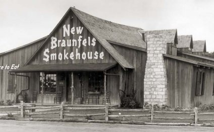 New Braunfels Smokehouse restaurant